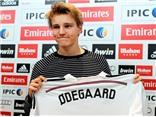 HLV Ancelotti: 'Thương vụ Odegaard chỉ là một chiêu PR của Real Madrid'