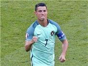 Ronaldo nổi giận, từ chối nói về scandal ném micro, gọi trận hòa với Hungary là 'ĐIÊN RỒ'