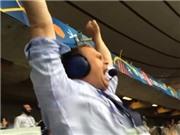 Bình luận viên Iceland PHÁT ĐIÊN khi đội nhà giành vé vào vòng 1/8 EURO 2016