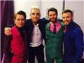 Robbie Williams 'gương vỡ lại lành' cùng Take That