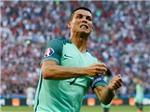 Ronaldo chỉ còn cách kỷ lục của Platini một bàn thắng
