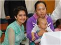 Diễn viên 'Cô dâu 8 tuổi' Avika Gor tặng quà cho bệnh nhi mắc bệnh hiểm nghèo