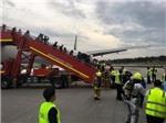 Một máy bay của Singapore bốc cháy trong khi hạ cánh khẩn cấp