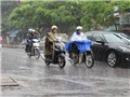 Áp thấp nhiệt đới suy yếu, cả nước mưa dông