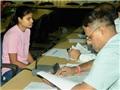 Chuyện lạ ở Ấn Độ: Học sinh xuất sắc bị bắt vì không thể phát âm đúng
