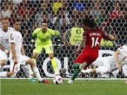 Renato Sanches phá kỷ lục của Ronaldo trong trận thắng Ba Lan