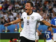 Mesut Oezil được bầu là tuyển thủ Đức xuất sắc nhất EURO
