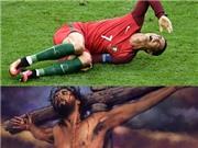 Chị gái so sánh cảnh Ronaldo bị triệt hạ với hình ảnh… Chúa Jesus bị đóng đinh