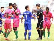 HLV Hoàng Văn Phúc : 'Công tác trọng tài tại V.League có vấn đề'