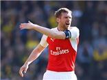 Đội trưởng của Arsenal: Mertesacker chẳng hơn gì Arteta