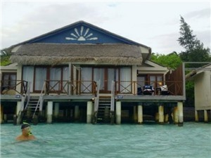 Câu chuyện du lịch: Maldives du ký - 'Độp mặt' cá mập (kỳ 1)
