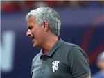 Mourinho muốn bắt tay Pep, chê thậm tệ sân Tổ Chim của Trung Quốc
