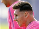 Mái tóc Lionel Messi từ 'ngố' tới bạch kim sành điệu đã thay đổi như thế nào?