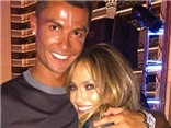Ronaldo tình tứ với Jennifer Lopez, gặp lại 'tình cũ' Kim Kardashian