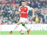 Francis Coquelin tập đá trung vệ, fan Arsenal nổi điên với Wenger