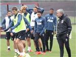 CẬP NHẬT tin sáng 29/7: Lộ danh sách 9 ngôi sao sắp chia tay Man United. 'Quỷ đỏ' nguy cơ bị kiện vì hoãn trận đấu