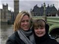 Bà mẹ Mỹ mắc bệnh ung thư đưa con gái đi du lịch đến 97 nước