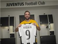Higuain tố Chủ tịch Napoli ép anh tới Juventus