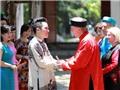 Đại sứ Canada tạm biệt Việt Nam với 'Người ơi người ở đừng về' ngọt như 'mía lùi'