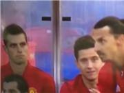 Ibrahimovic bật dậy vỗ tay tán thưởng pha đi bóng của Rashford