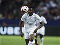 Tân binh của Leicester solo như Messi, sút tung lưới Barca