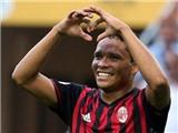 Milan 3-2 Torino: Bacca lập hat-trick, Milan thắng 'thót tim'