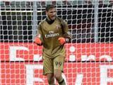 Mihajlovic hối hận vì đã để Donnarumma ra mắt AC Milan