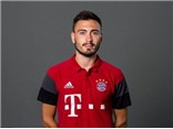 Ancelotti bổ nhiệm con trai 27 tuổi làm trợ lý ở Bayern