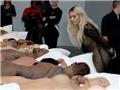 MV Kanye West chế giễu Taylor Swift chính thức được trưng bày