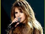 Selena Gomez tạm ngưng sự nghiệp do mắc chứng trầm cảm