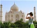 Quan chức Ấn Độ khuyến cáo du khách nước ngoài không nên mặc váy