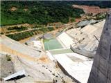 Vỡ đập nhánh thủy điện Sông Bung 2, cuốn trôi 2 công nhân