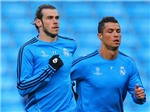 Dưới trời nắng, Bale không phải đi tìm cái bóng của Ronaldo