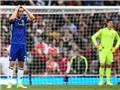 Gary Cahill chơi quá tệ trước Arsenal, bị chỉ trích tơi bời