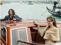 Angelina Jolie được 'bạn cùng cảnh ngộ' Johnny Depp an ủi nhiệt tình