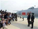 CHÙM ẢNH: Triều Tiên 'khoe' nữ phi công xinh đẹp và dàn chiến đấu cơ 'khủng'