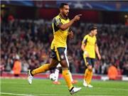 Arsenal 2-0 FC Basel: Thăng hoa với song tấu Sanchez - Walcott