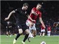 CẬP NHẬT sáng 30/9: Man United thắng. Ibra bị chê lười biếng. Liverpool là ứng viên vô địch Premier League