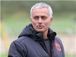 Mourinho: 'Luôn có bất ngờ đằng sau cánh cửa ở Man United'