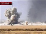 VIDEO Đòn khủng khiếp của IS: Dùng xe bom lao thẳng vào xe tăng