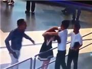VIDEO: Vietnam Airlines kiến nghị xử lý hành khách hành hung nhân viên