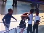 Cấm bay 12 tháng đối với hành khách hành hung nhân viên hàng không