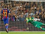 Barca đã đúng, Ter Stegen ăn đứt Bravo!