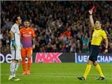 Guardiola sai lầm lớn vì coi trọng triết lý bóng đá hơn việc giành chiến thắng