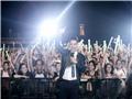MC Hạnh Phúc 'quậy' cùng hàng ngàn khán giả ở Monsoon