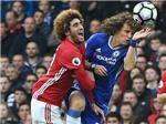 David Luiz may mắn thoát thẻ đỏ sau pha đạp vào đầu gối Fellaini