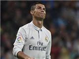 Ronaldo chơi quá cá nhân, phản ứng lạ trước bàn thắng của Morata