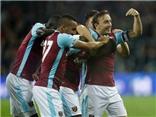 West Ham 2-1 Chelsea: Chiến thắng của West Ham bị che mờ bởi cảnh CĐV đánh nhau