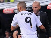 Tính sao với Benzema đây Zidane?