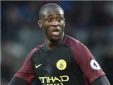 Yaya Toure đã phải làm gì để vừa ý Guardiola?